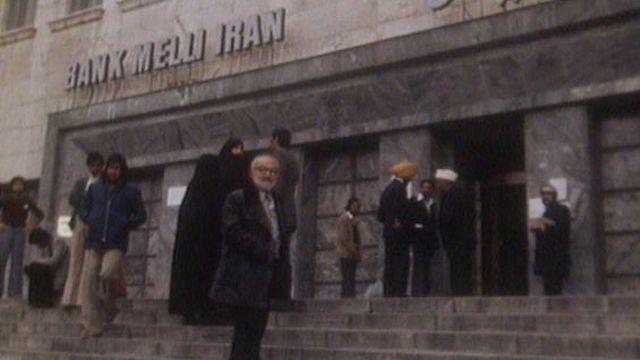 Rencontre avec des Suisses restés à Téhéran pendant la révolution. [RTS]