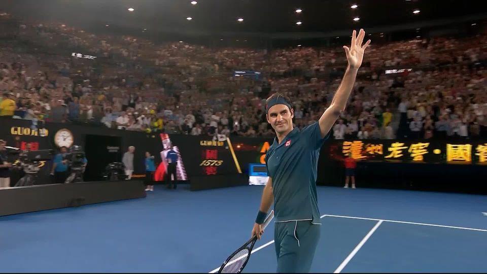 Open d'Australie, 1er tour : Istomin (UZB) - Federer (SUI), 3-6, 4-6, 4-6 [RTS]