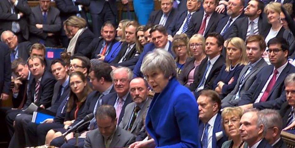Le gouvernement de Theresa May a fait face mercredi soir à une motion de censure déposée par l'opposition travailliste. [EPA/Parliamentary recording unit - Keystone]