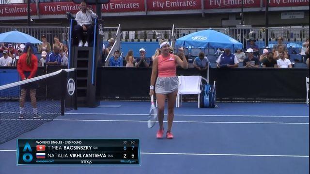 2e tour, T. Bacsinszky (SUI) bat N. Vikhlyantseva (RUS) 6-2 7-5 et se qualifie pour le 3e tour! [RTS]
