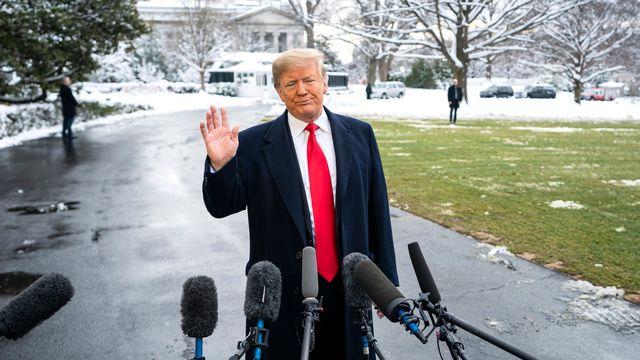 """Donald Trump, lors d'une allocution au sujet du """"shutdown"""", le 14 janvier. [Jim Lo Scalzo - EPA]"""