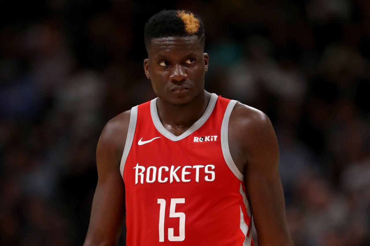 Capela risque de cruellement manquer aux Rockets. [Matthew Stockman - AFP]