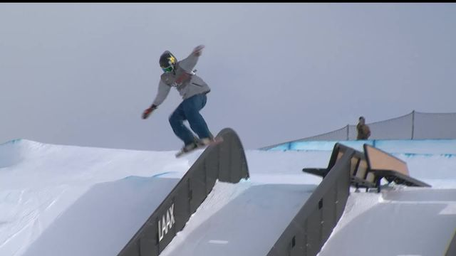 Laax (SUI), snowboard slopestyle messieurs: Chris Corning (USA) s'impose devant Sandbech (NOR) et Thoenen Moritz (SUI) [RTS]