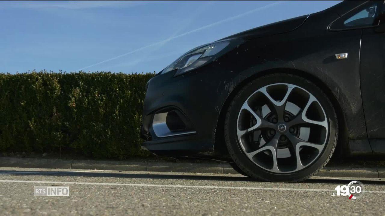 Permis de conduire: les automobilistes avec un permis automatique pourront rouler avec des voitures manuelles [RTS]