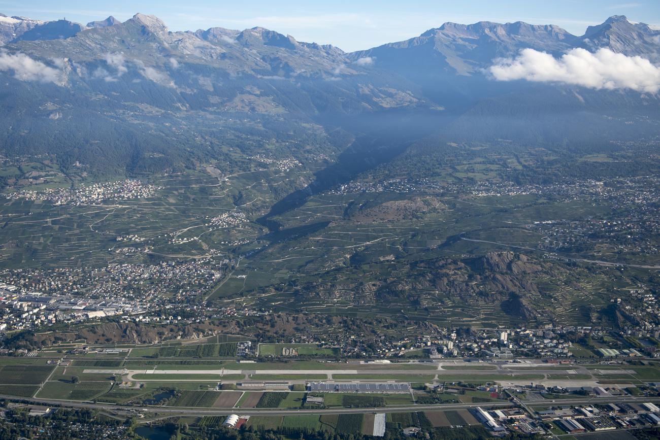 La fréquentation des avions d#039;affaires en hausse à l#039;aéroport de Sion