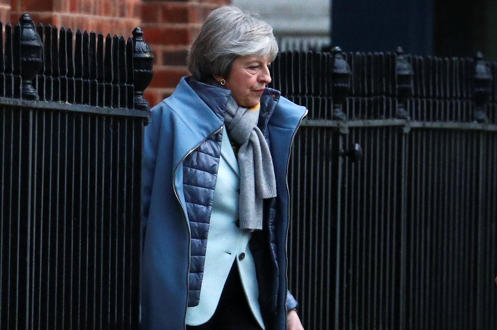 Theresa May veut un traité bilatéral avec l#039;Irlande