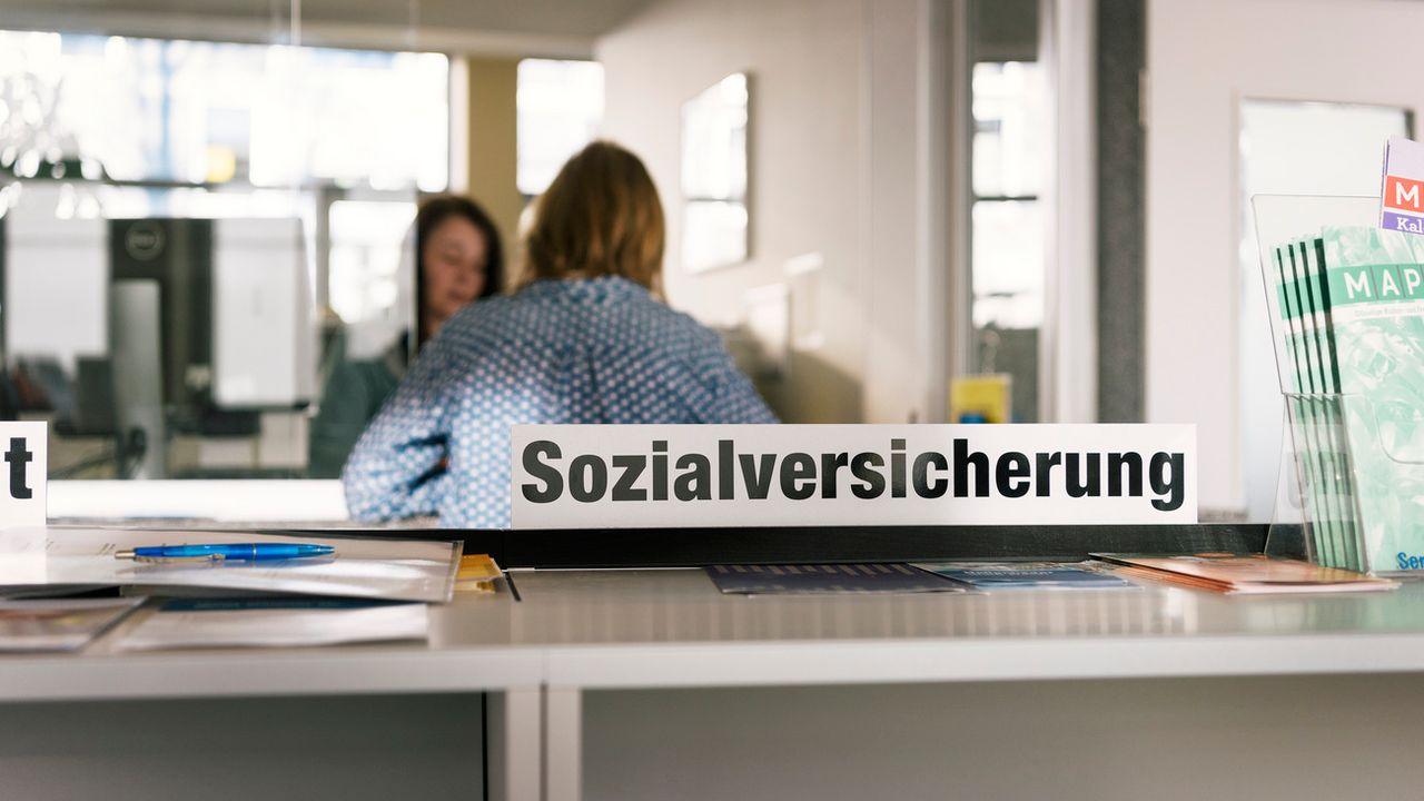La Suisse, un des pays riches les moins généreux pour les dépenses sociales. [Christian Beutler - Keystone]