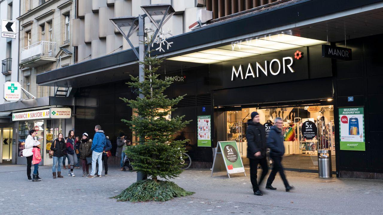 Des devantures de magasins à la rue de Romont à Fribourg. [Adrien Perritaz - Keystone]