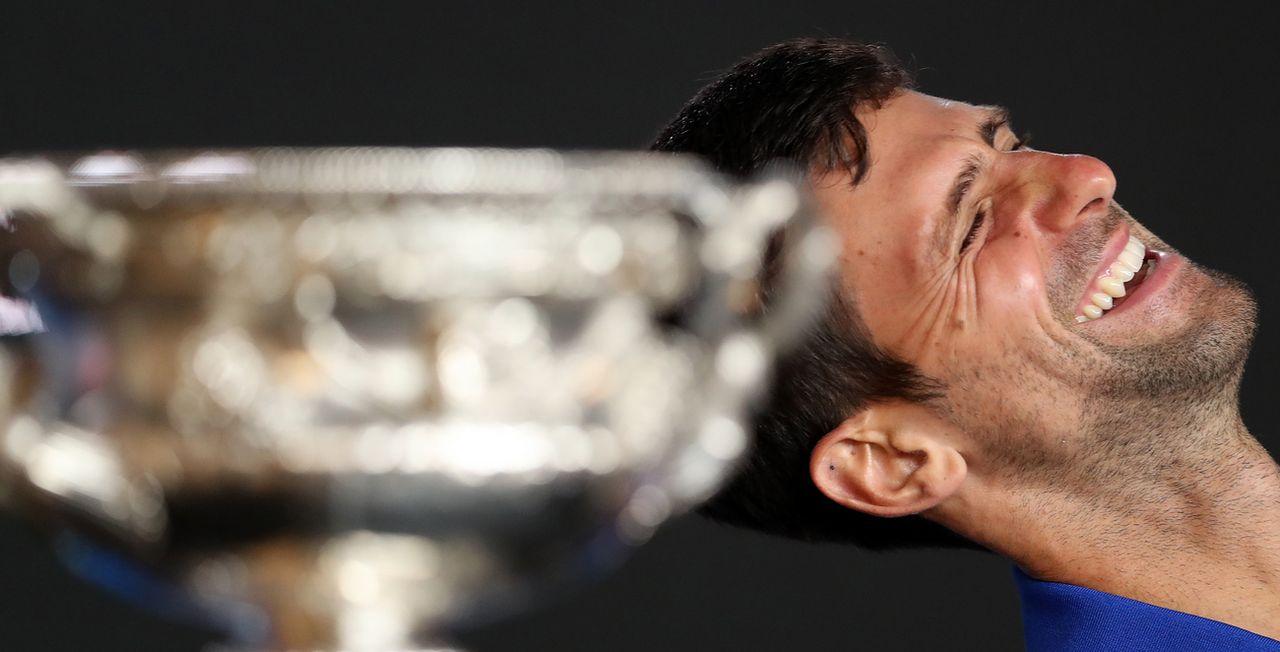 """""""Nole"""" tout sourire en conférence de presse après sa victoire à Melbourne. [David Crosling - Keystone]"""