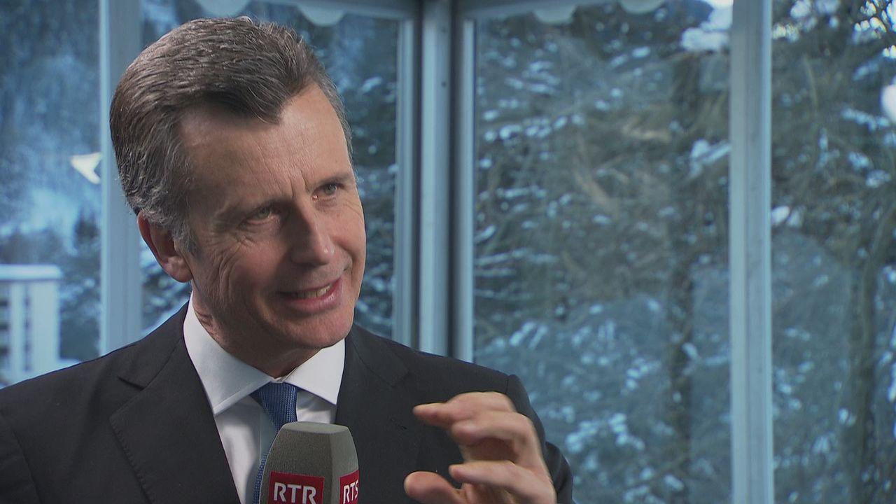 """Philipp Hildebrand: """"C'est un tournant, les placements verts amènent plus de profit"""" [RTS]"""