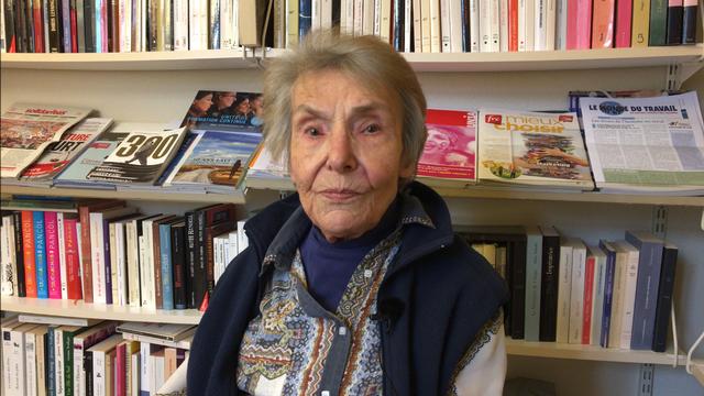 La féministe lausannoise Simone Chapuis-Bischof, bientôt 88 ans, lutte pour l'égalité entre hommes et femmes depuis le début des années 1960. [Pauline Turuban - RTSinfo]