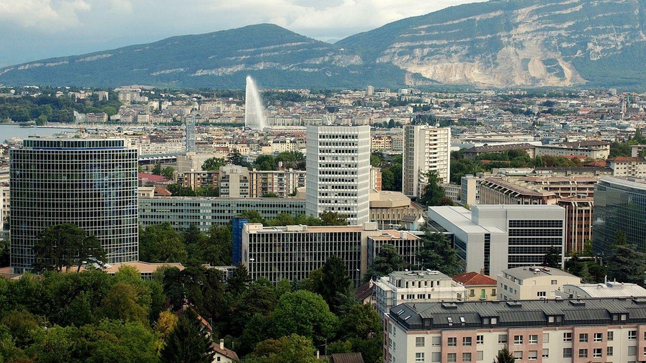 Le volet cantonal de la réforme fiscale des entreprises est sous toit à Genève. [Martial Trezzini - Keystone]