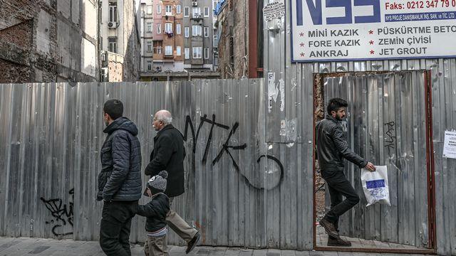 Un site en construction sur l'avenue Istiklal à Istanbul, le 29 janvier 2019. [Bulent Kilic - AFP]