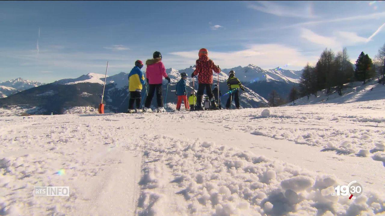 Les écoliers romands inégaux face au financement des camps de ski [RTS]