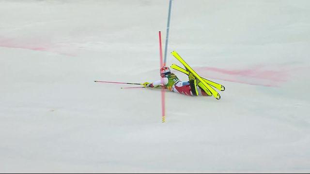 Maribor (SLO), slalom dames, 1re manche: Charlotte Chable (SUI) chute et est éliminée [RTS]