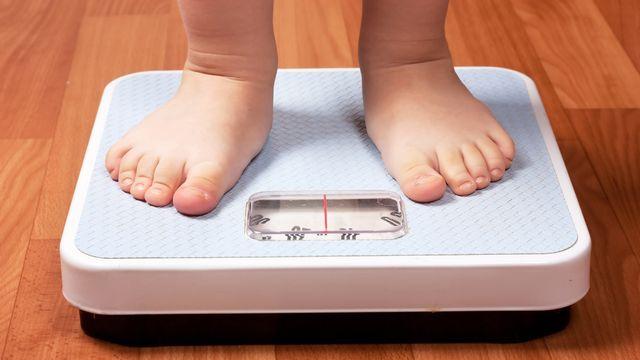 Les problèmes de poids sont parfois très précoce. AGorohov Depositphotos [AGorohov - Depositphotos]