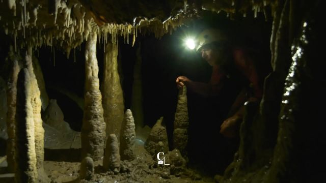 La grotte de Milandre, une expérience pour parler du réchauffement climatique [RTS]