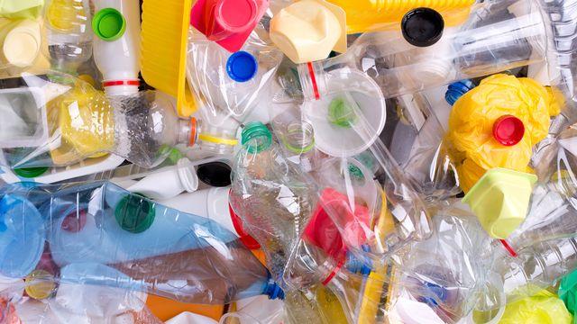 Le plastique est un matériau varié. [photkas - Depositphotos]