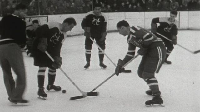 Le HC La Chaux-de-Fonds face au Zurich SC en 1956 [RTS]