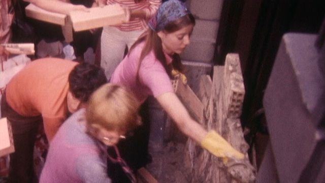 Manifestation ds femmes en 1976 [RTS]