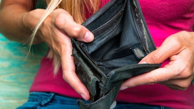 Le seuil de pauvreté se situe à 2247 francs par mois pour une personne seule. [inventart - Fotolia]