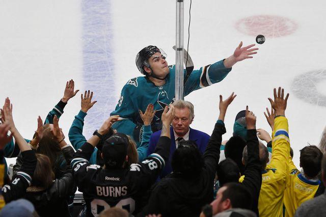 Meier a été élu 2e étoile de la rencontre. Pour le plus grand bonheur des fans des Sharks. [USA Today - Reuters]