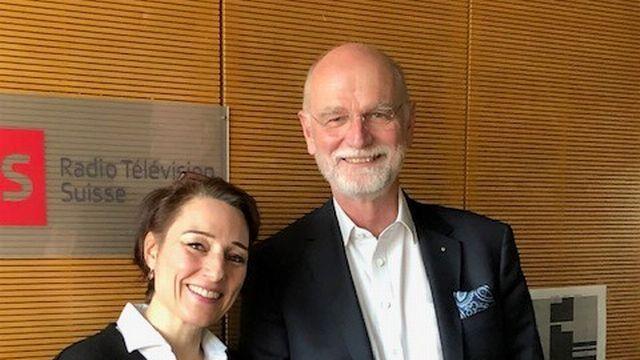 Jean-Frédéric Jauslin, ancien ambassadeur de Suisse auprès de lʹUNESCO et de la Francophonie, au micro de Mélanie Croubalian. [RTS]