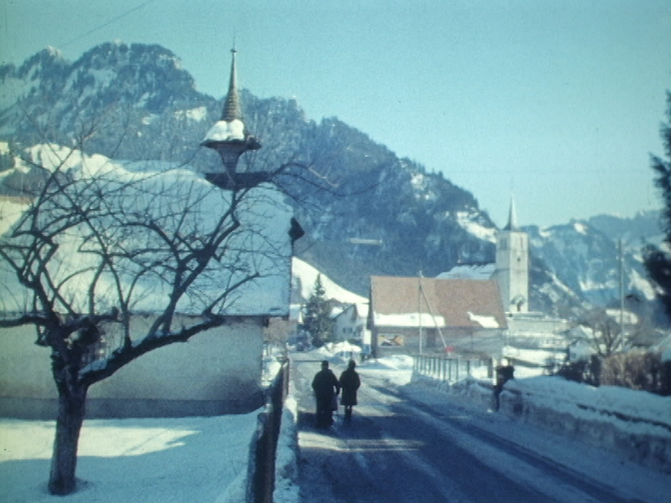 Bienvenue à Charmey, en Gruyère, en 1970. [RTS]