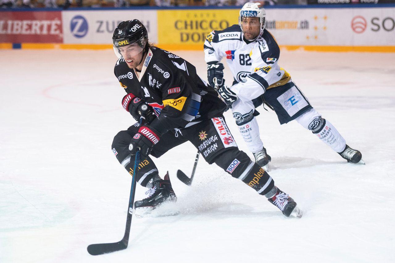Le Fribourgeois Lhotak a réussi un doublé face son ancienne équipe. [Adrien Perritaz - Keystone]
