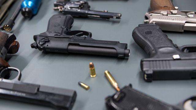Les Suisses se prononcent le 19 mai sur la loi sur les armes. [Adrien Perritaz - Keystone]