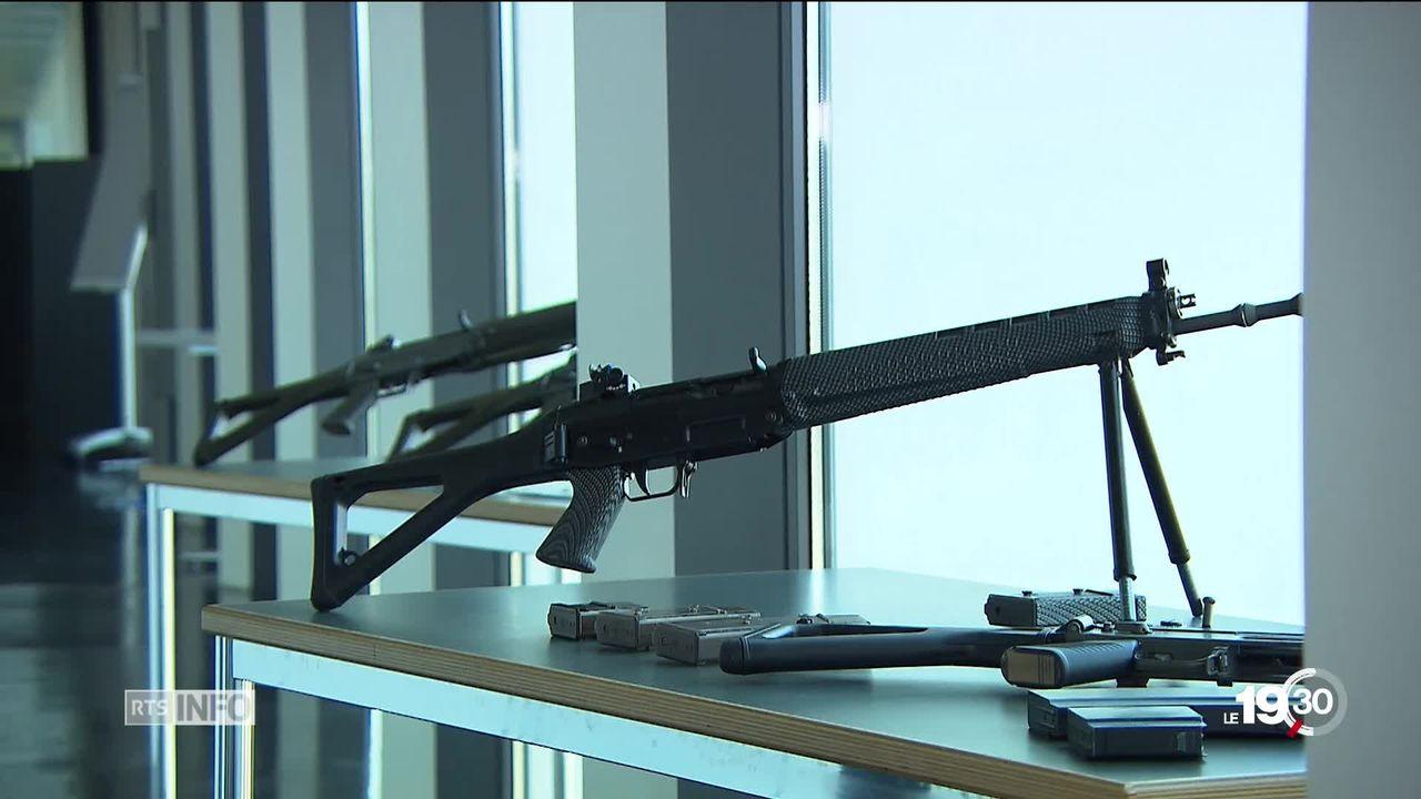 Les opposants à la révision de la loi sur les armes lancent leur campagne. Pour eux, la révision nuirait aux traditions suisses [RTS]