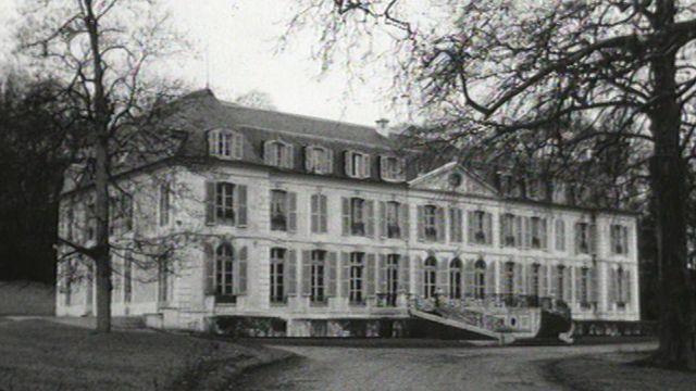 La fondation Dranem-Maurice Chevallier, maison de retraite pour artistes, 1973. [RTS]