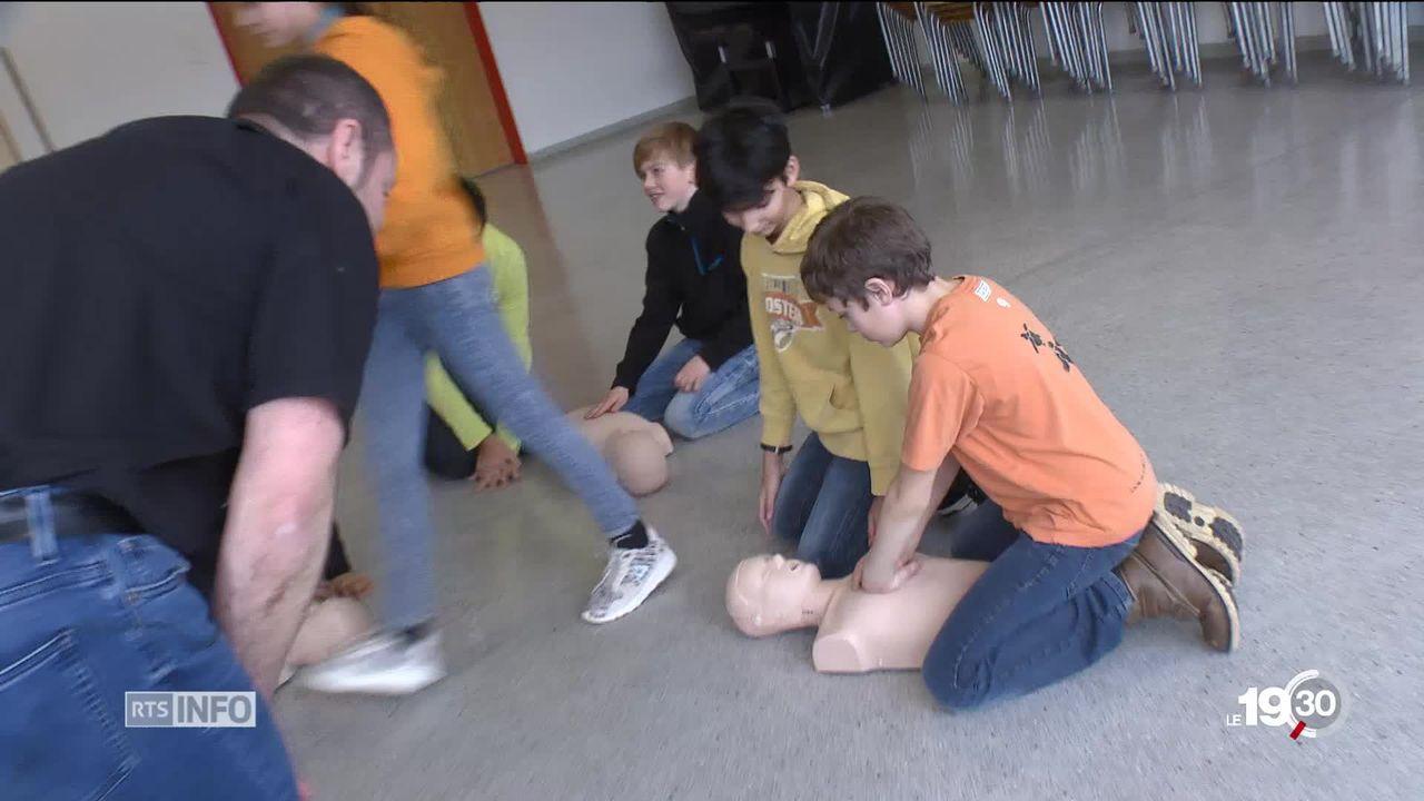 JURA - Apprendre les premiers secours à l'école ne sera pas obligatoire dans le canton du Jura. [RTS]