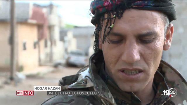 Après la chute du groupe État islamique, les Kurdes se retrouvent pris en étau entre la Turquie et la Syrie. [RTS]