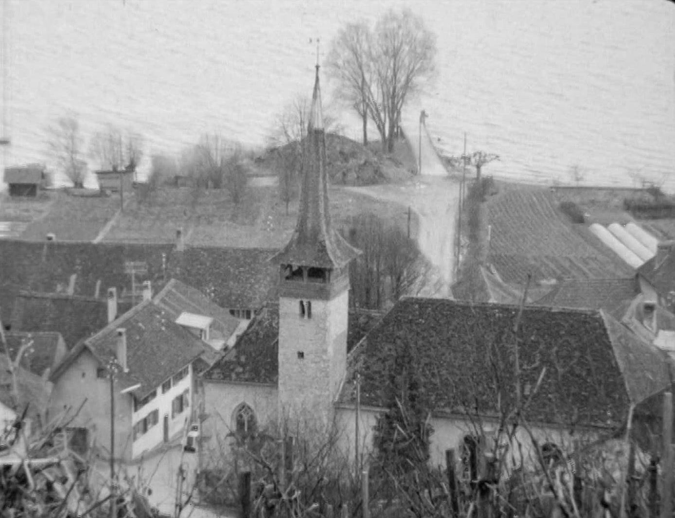 Môtier, au pied du Mont-Vully