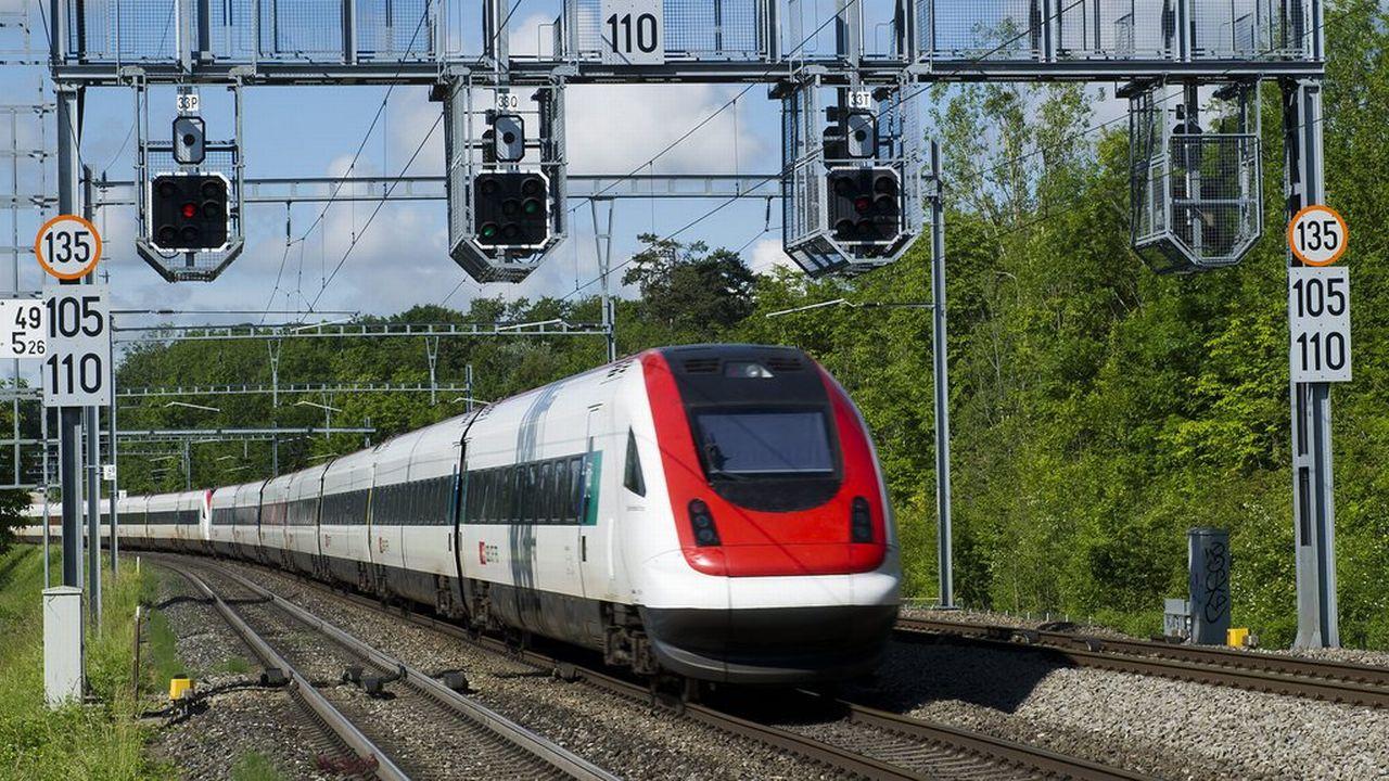 Le Conseil des Etats discute de l'étape d'aménagement 2035 de l'infrastructure ferroviaire. [Jean-Christophe Bott - Keystone]