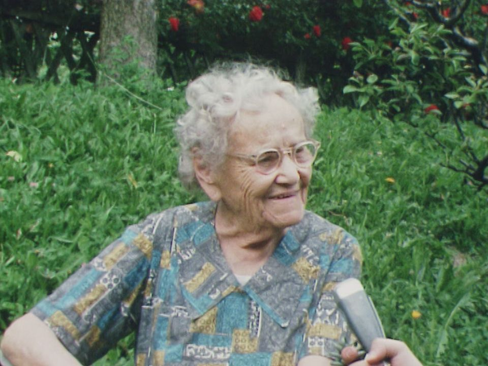 Portrait d'une arrière-grand-maman [RTS]