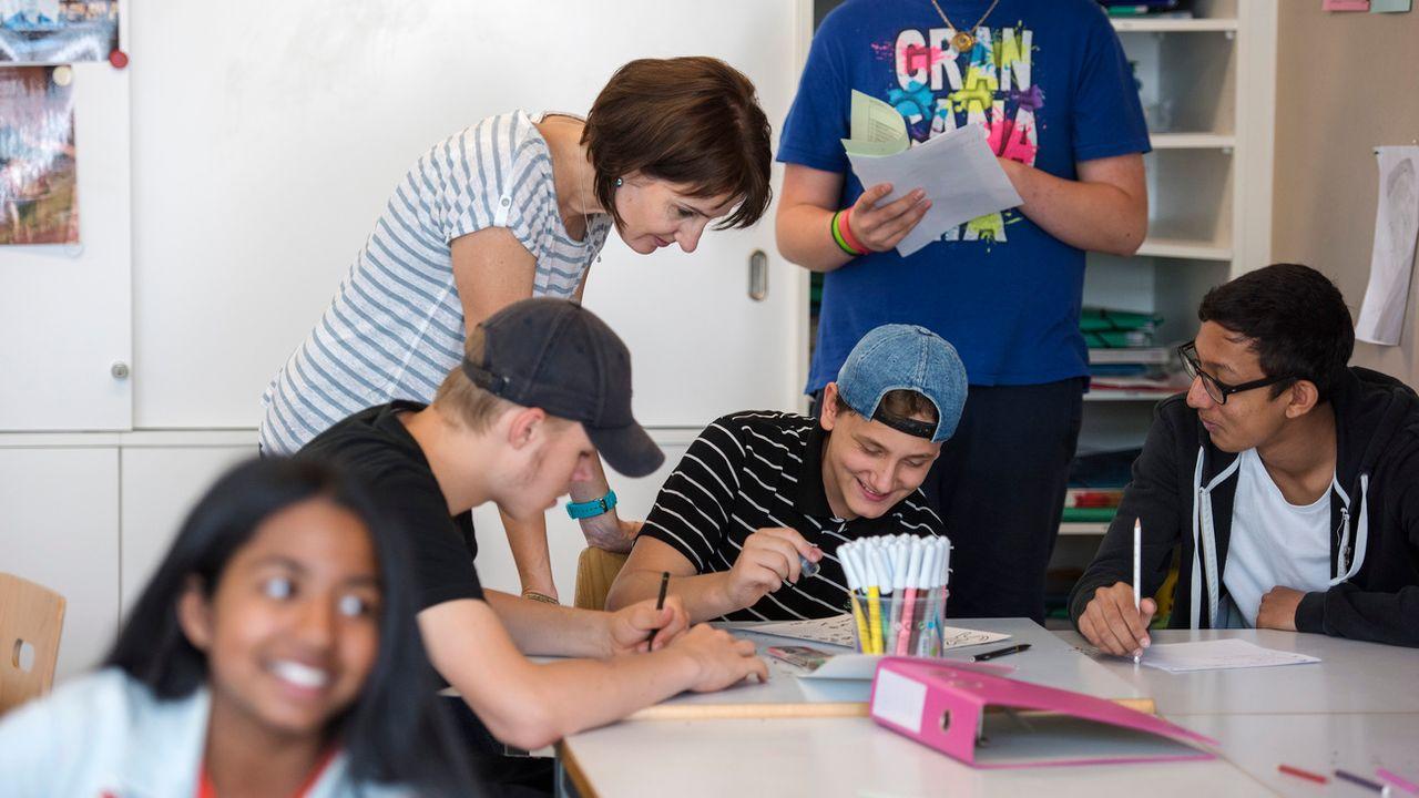Le canton de Vaud vise une approche globale des besoins individuels des élèves. (image d'illustration) [Christian Beutler - Keystone]