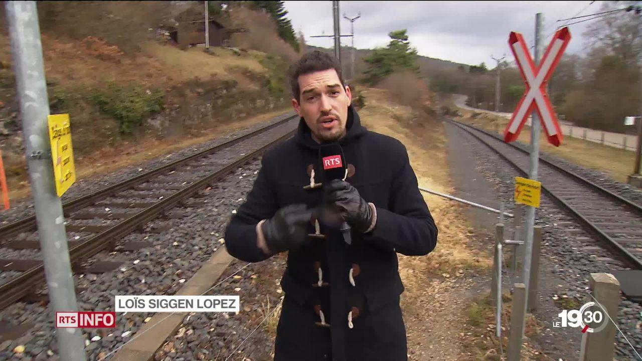 Le Conseil des États a accepté d'augmenter l'enveloppe du rail. Le projet de ligne entre Neuchâtel et La Chaux-de-Fonds a été retenu. [RTS]
