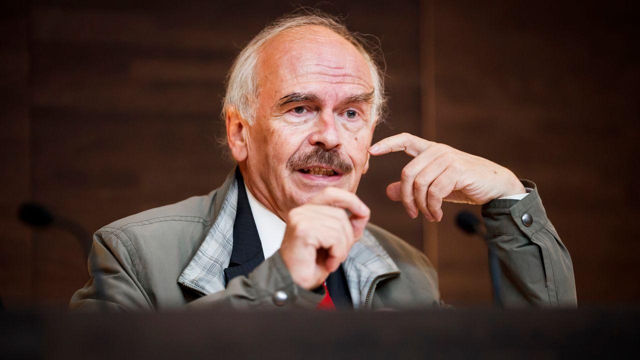 L'ancien juge fédéral Claude Rouiller. [Valentin Flauraud - Keystone]
