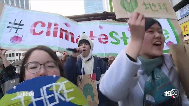 Tour du monde de la grève pour le climat. De l'étincelle Greta Thunberg au mouvement de la jeunesse. [RTS]