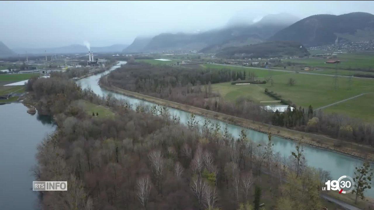 Correction du Rhône et gestion des sites contaminés. Exemple: une décharge dans la région de Monthey. [RTS]