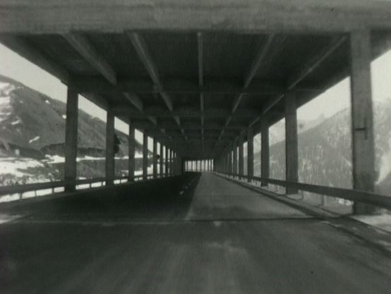 L'entrée du tunnel du Grand-Saint-Bernard en 1964.