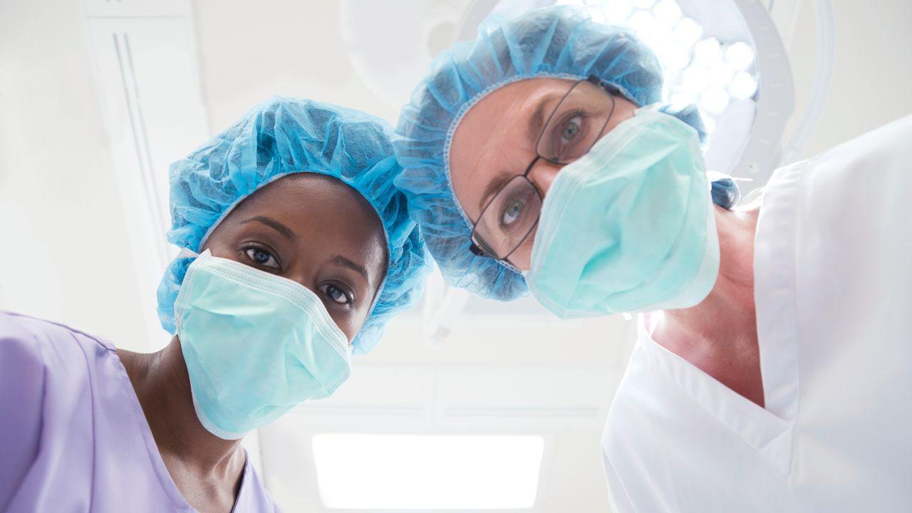 Un médecin-chef sur 10 seulement est une femme [SCIENCE PHOTO LIBRARY - R3F]