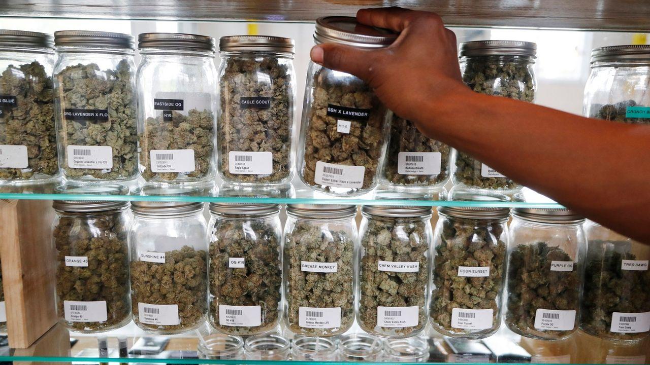 Une magasin de cannabis. [Carlos Osorio - keystone]