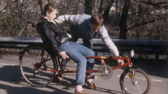 Salut, tu veux essayer mon vélo couché ? [RTS]