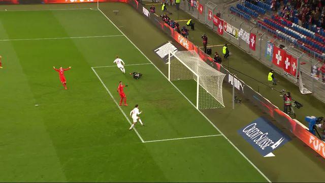 Gr.B, Suisse - Danemark (3-2): 88e, Gytkjaer redonne espoir aux danois [RTS]