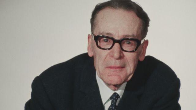 Henri Guillemin, historien et conférencier, en 1971. [RTS]
