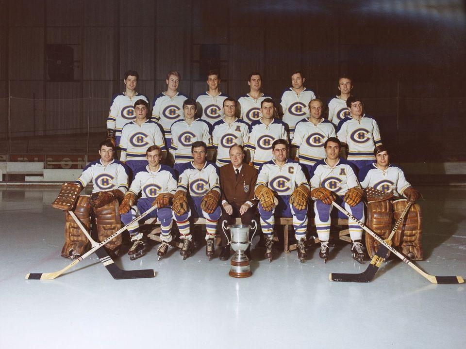 L'équipe du HC La Chaux-de-Fonds, saison 1968 - 1969 [Bibliothèque de la Ville de La Chaux-de-Fonds, Département audiovisuel, Fonds courant]