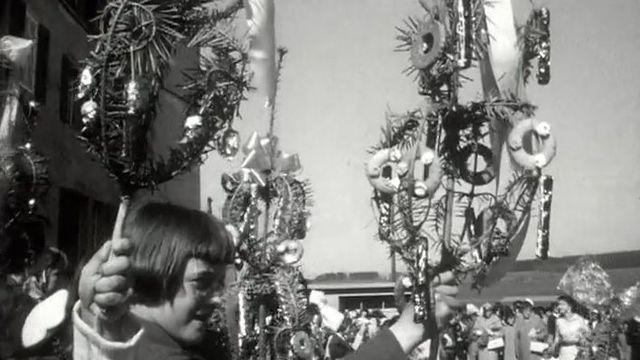 La procession des rameaux ouvre la Semaine sainte en 1960. [RTS]